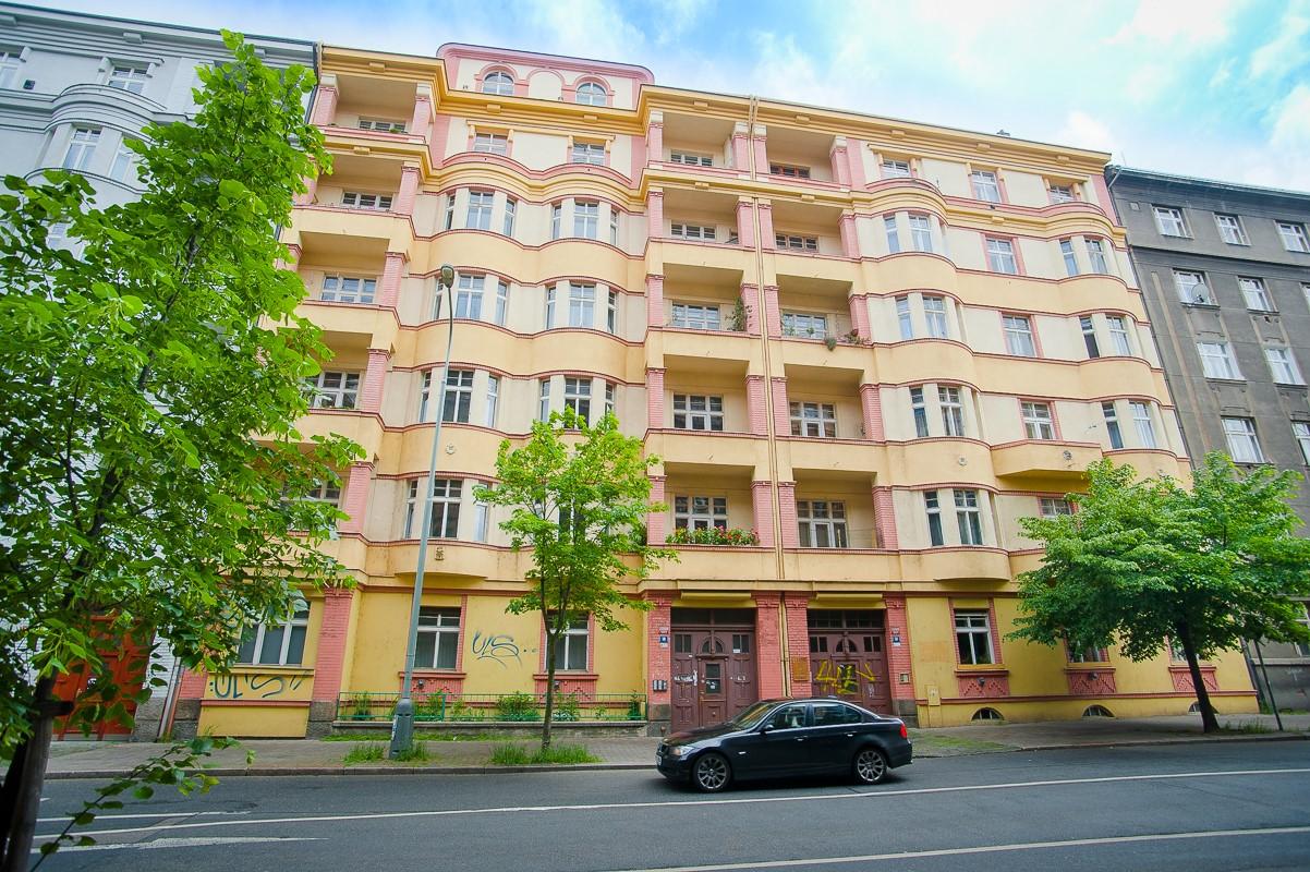 Pragueliving.cz - Sale in Vinohrady at Boleslavská street